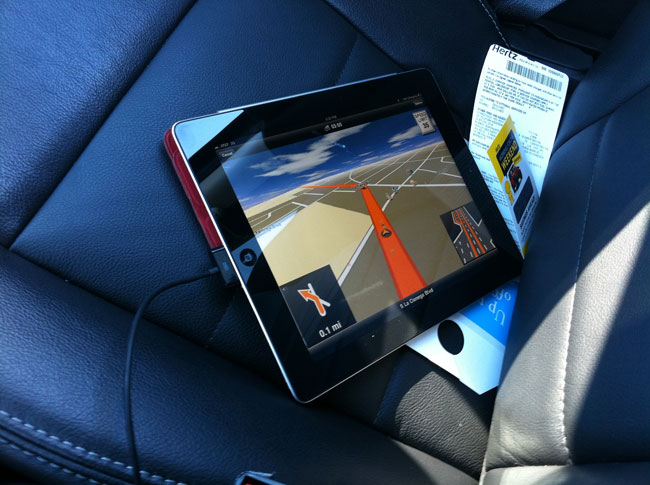 Navigon-iPad-incar